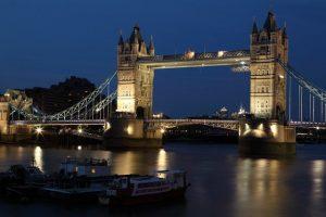 Tower Bridge most v Londonu